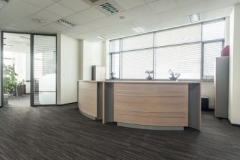 Office deep cleaning in Bellflower by Urgent Property Services